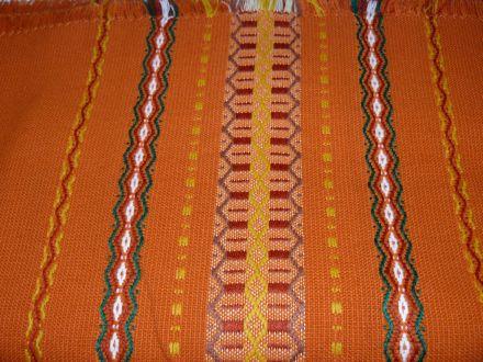 Покривка 120/120 см в 6 цвята