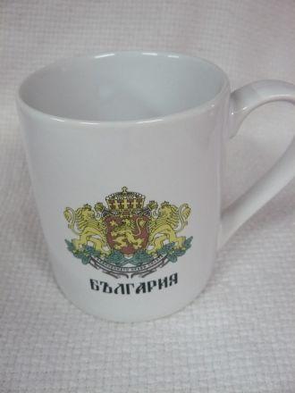 Чаша чай, мляко - цветна